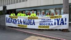 160204 Foro Roque Aldeano ante el Cabildo de GC