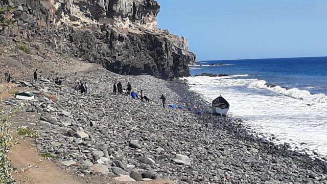 Llegada de una patera - Playa Tasarte
